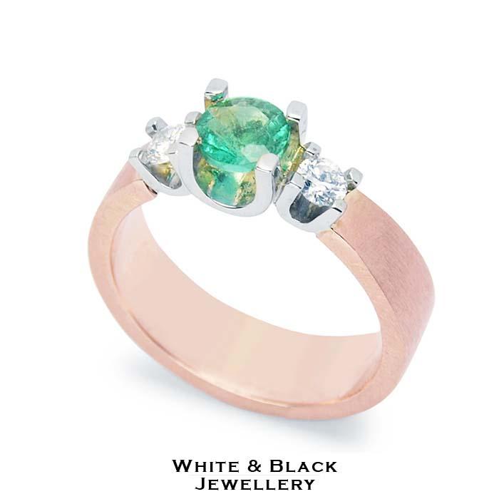 Jegygyűrű gyémánt