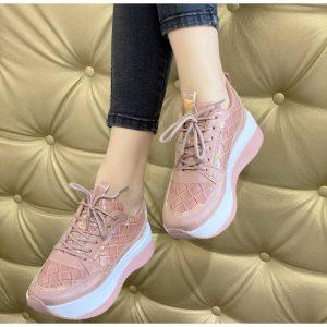 Néhány érv a női platform cipő mellett!